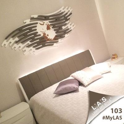 A casa di Carla <br> Abitazione privata | Italia </br> Codice: SI-160 | Misura: 165x73 cm </br> Colore: bianco - applicazione grigio marrone