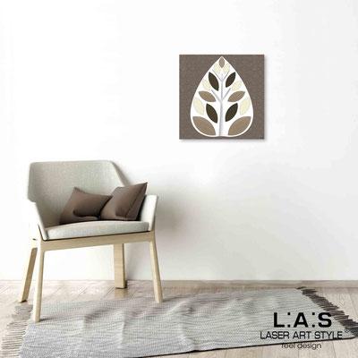 Quarantotto </br>  Codice: Q-007 | Misura: 48x48 cm </br> Colore: decoro tortora-incisione legno