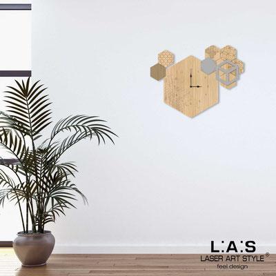 Orologi </br> Codice: MW-310 | Misura: 65x50 cm </br> Codice: MW-310L | Misura: 95x70 cm </br>  Colore: natural wood-cemento-incisione legno