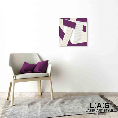 Quarantotto </br>  Codice: Q-018 | Misura: 48x48 cm </br> Colore: decoro beige-prugna-incisione legno