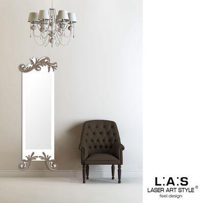 Mirrors </br> Code: SI-250-SP | Size: 60x180 cm </br>  Colour: white-dove grey