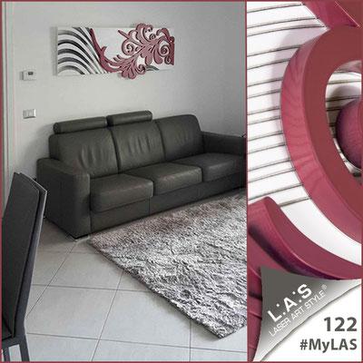 A casa di Pasqualina <br> Abitazione privata | Italia </br> Codice: SI-134 | Misura: 150x60 cm <br> Colore: bianco-rosso violetto-incisione nero