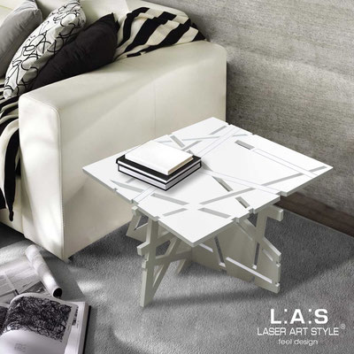 Complementi d'arredo </br> Codice: SI-294 | Misura: 60x60 h40 cm </br> Colore: bianco-acciaio inox-incisione tono su tono