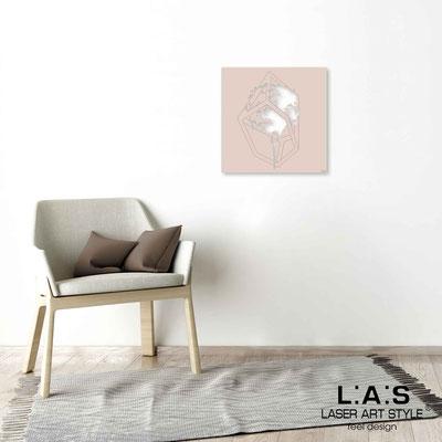Quarantotto </br>  Codice: Q-012 | Misura: 48x48 cm </br> Colore: rosa bon bon-incisione legno
