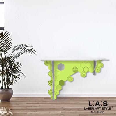 Complementi d'arredo </br> Codice: SI-314 | Misura: 120x40 h80 cm </br> Colore: bianco-verde acido-incisione tono su tono