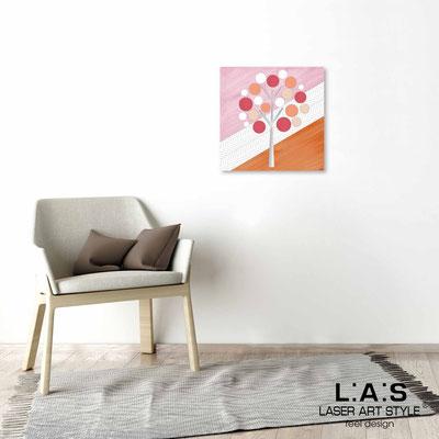 Quarantotto </br>  Codice: Q-009 | Misura: 48x48 cm </br> Colore: decoro pesca-incisione legno
