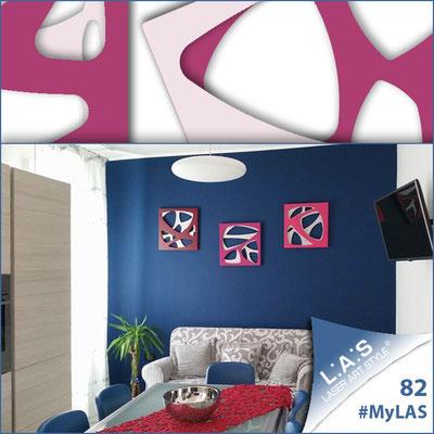 A casa di Luigi e Mariangela <br> Abitazione privata   Italia </br> Codice: SI-146   Misura: 45x45 cm/cad (tris) <br> **PERSONALIZZATO** Colore: bianco/rosso violetto-porpora-fucsia