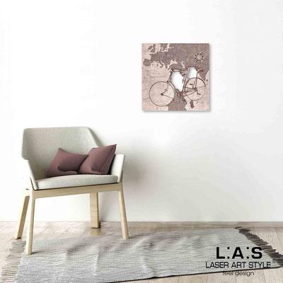 Quarantotto </br>  Codice: Q-028 | Misura: 48x48 cm </br> Colore: decoro ruggine-incisione legno