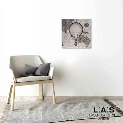 Quarantotto </br>  Codice: Q-029 | Misura: 48x48 cm </br> Colore: decoro nero-incisione legno