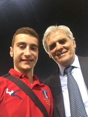 Alessandro Angelo e il Presidente AIA Marcello Nicchi all'olimpico di Roma dopo Italia Norvegia