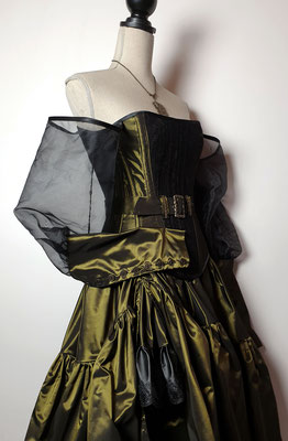 Creation My Oppa The FantaSteam Show 2020 green princess  burlesque steampunk corsetry