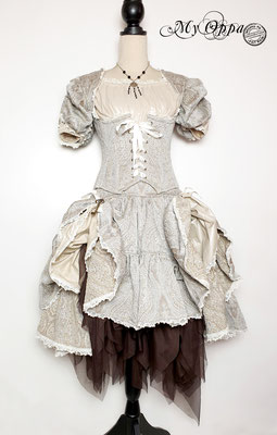 Creation My Oppa The FantaSteam Show 2020 gray lady burlesque steampunk corsetry