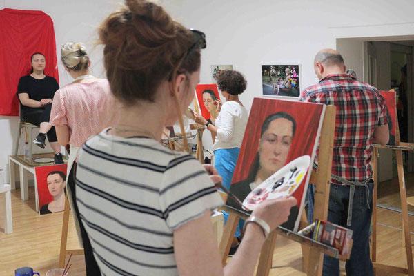 Porträtmalerei in der Kunstschule Artgeschoss