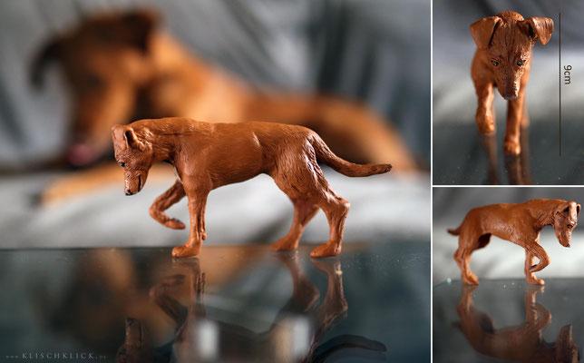 individuelle handgemachte Hundefigur Podenkomix Pina