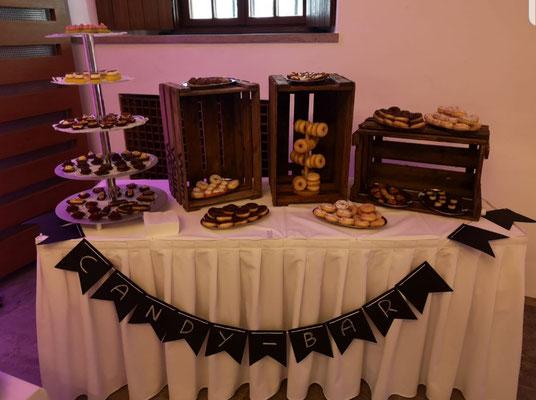 © Brot und Spiele Veranstaltungsloft Postbauer-Heng - Candy Bar
