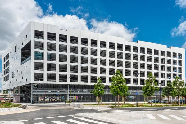 Nantes 19 -  Parking quartier gare