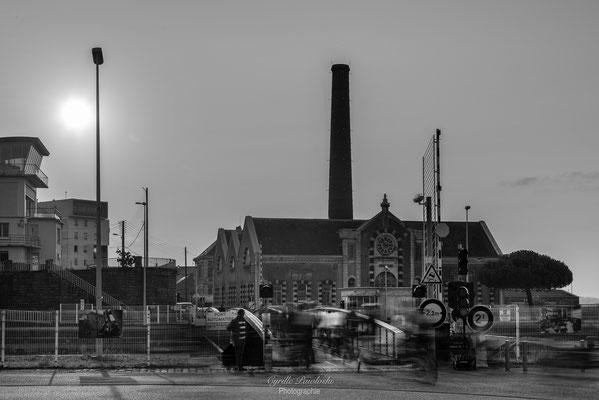 Saint-Nazaire 54 - L'usine en N&B