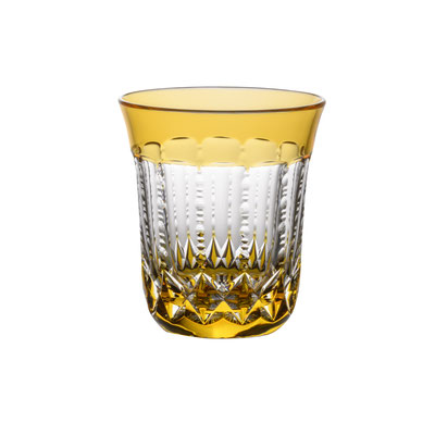 Packshot - Verre en cristal de la Cristallerie de Montbronn - détouré sur fond blanc