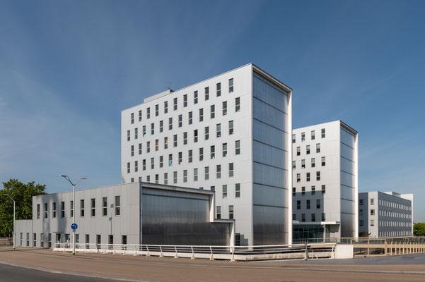 Saint-Nazaire 4 - Immeuble place Pierre Sémard
