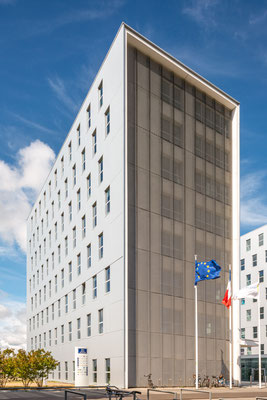 Saint-Nazaire 3 - Immeuble place Pierre Sémard