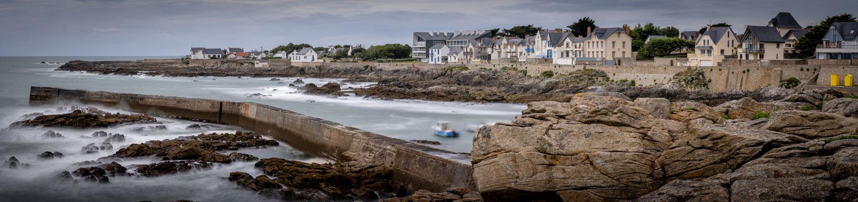 Batz sur mer - jour - océan - Atlantique - digue - pose longue - maisons - plage