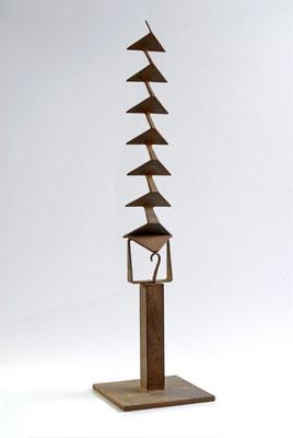 ESCALERA IMPOSIBLE. 2006. 59 x 15 x 15 cm. Hierro.