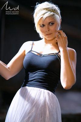Model: Theresa
