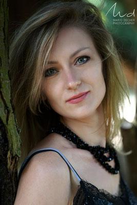Model: Kataryna