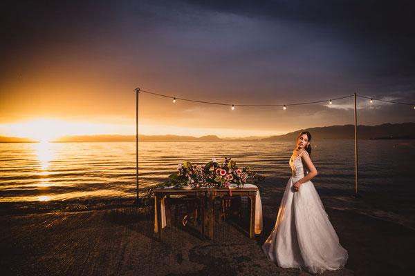 beautiful-photoshoot-messinia-sea-background-υπεροχη-φωτογραφηση-γαμου-κιτριες-καλαματα-νυφικο-ηλιοβασιλεμα