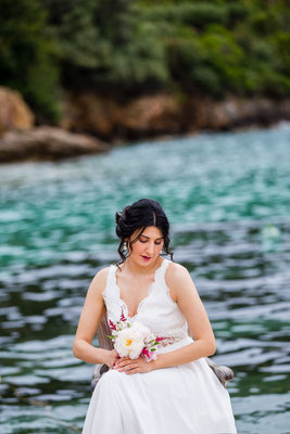 beautiful-messinia-vivid-hues-sea-background