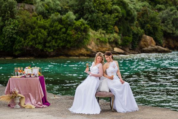 beautiful-photoshoot-messinia-gamos-sea-background