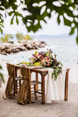 beautiful-photoshoot-kalamata-wedding-sea-background