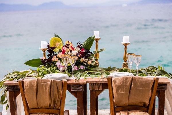 beautiful-photoshoot-messinia-vivid-hues-sea-background