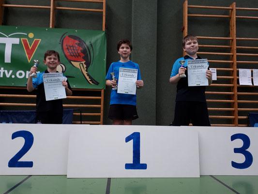 Marek auf Platz zwei, Klaus auf Platz drei. Ein großartiger Erfolg für den TTV Sierndorf!
