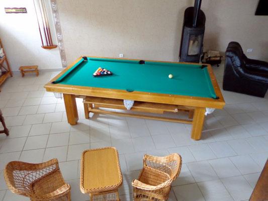 Une table de billard pour des parties en famille ou en amis