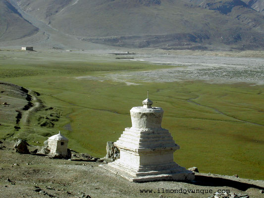 Chorten nella Valle dello Zanskar- Ladakh - India
