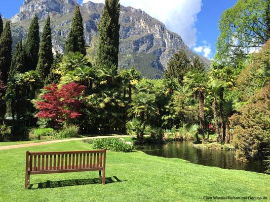 """Der Park im """"Du Lac et du Parc"""": Einfach sitzen und vor sich hinträumen"""