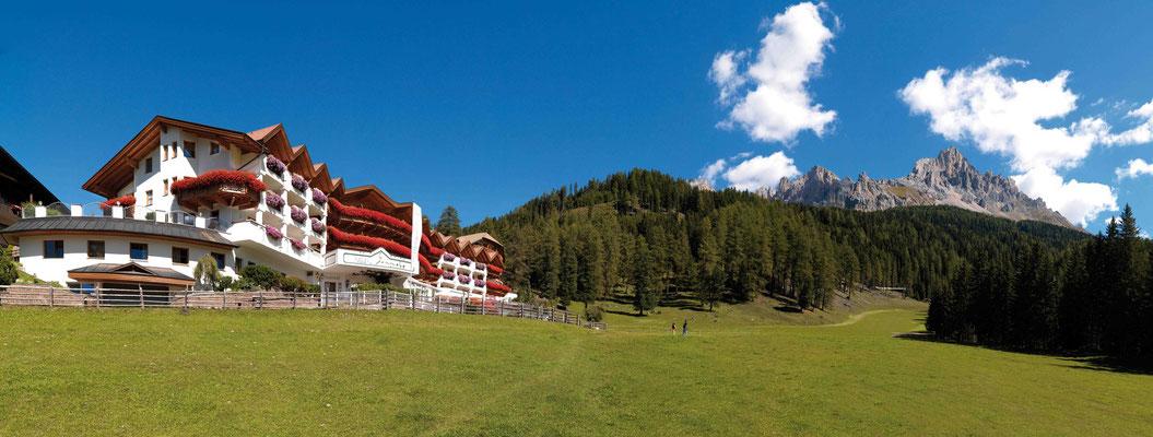 Südtirol von seiner schönsten Seite: das Genießerhotel Sonnalp in Obereggen