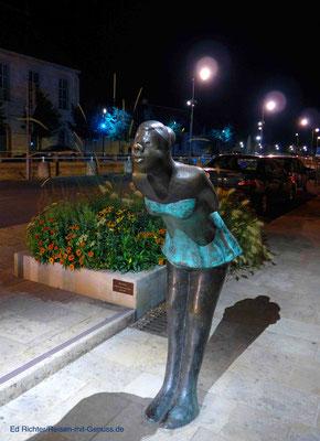 Wie viele Küsse diese Statue wohl schon gekriegt hat?