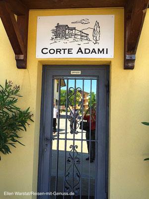 Bite anmelden: Hier geht's zum Büro von Corte Adami