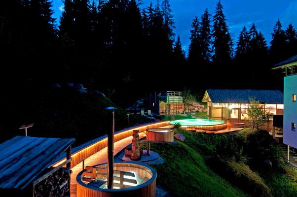 Das Bauernbadl mit Schwimmbad und Außenzubern