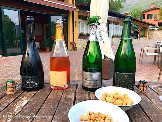 Weinverkostung in der Abendsonne: die Franchiacortas von Al Rocol
