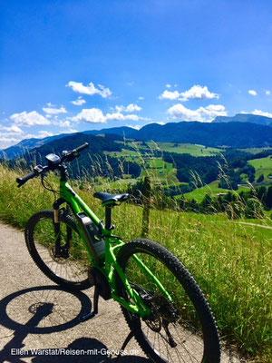 Genial mobil: Im Bergkristall kann man sich ein E-Bike leihen