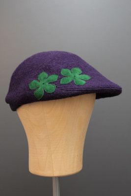 genähte Kappe aus Wolle aus dem eigenen Hutatelier