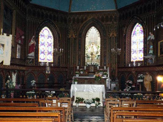 Intérieur de la chapelle de Monflières