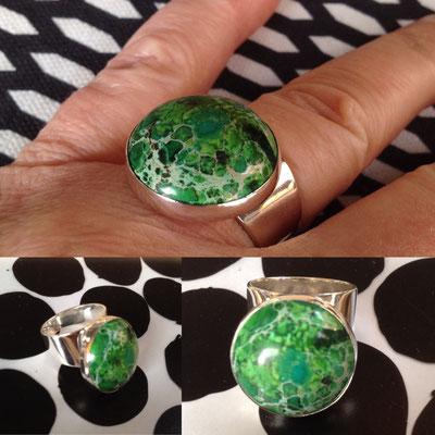 Zilveren brede ring met Jaspis - groen