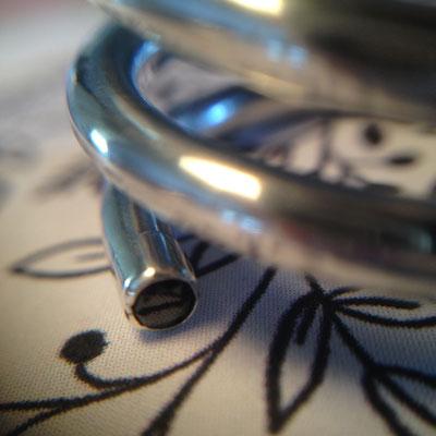 Zilveren spiraalring met 2 zirkonias