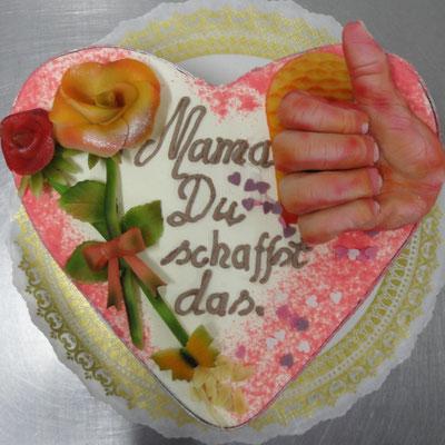  19 : Torte mit besten Gesundheitswünschen