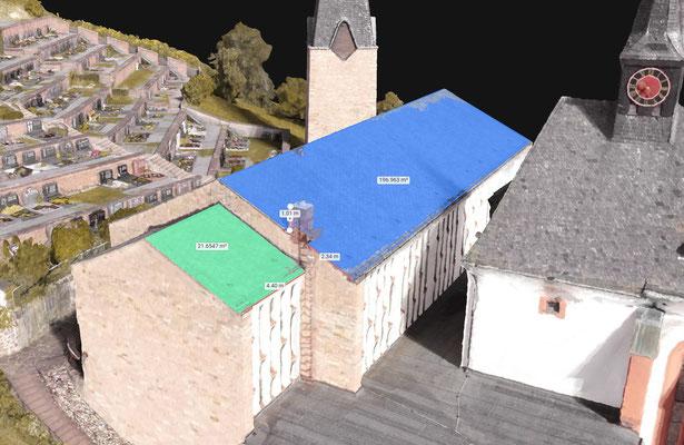 Zentimeter genaues Aufmaß eines Daches für die Sanierung oder die Planung für den Bau einer Photovoltaikanlage