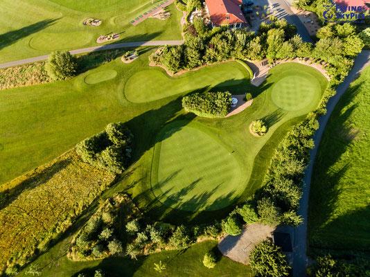 Drohnenaufnahme Golfplatz